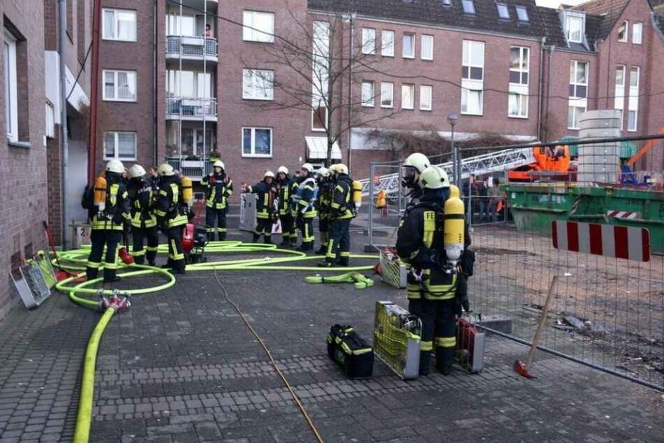 In einem Haus an der Kuthstraße brannte es im Keller.