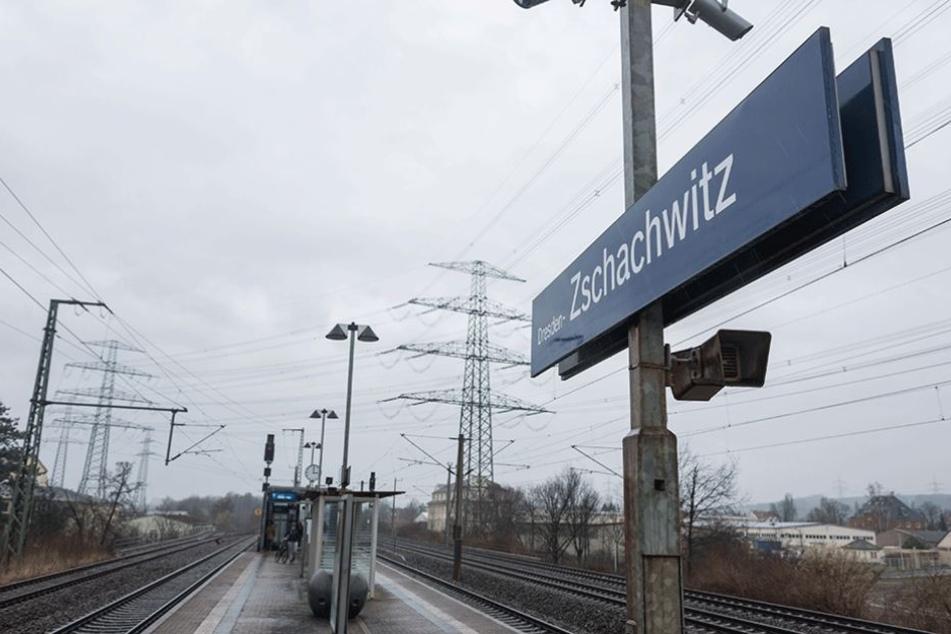 Am S-Bahnhof Zschachwitz erlebte das Opfer der beiden Tatverdächtigen schreckliche Minuten.