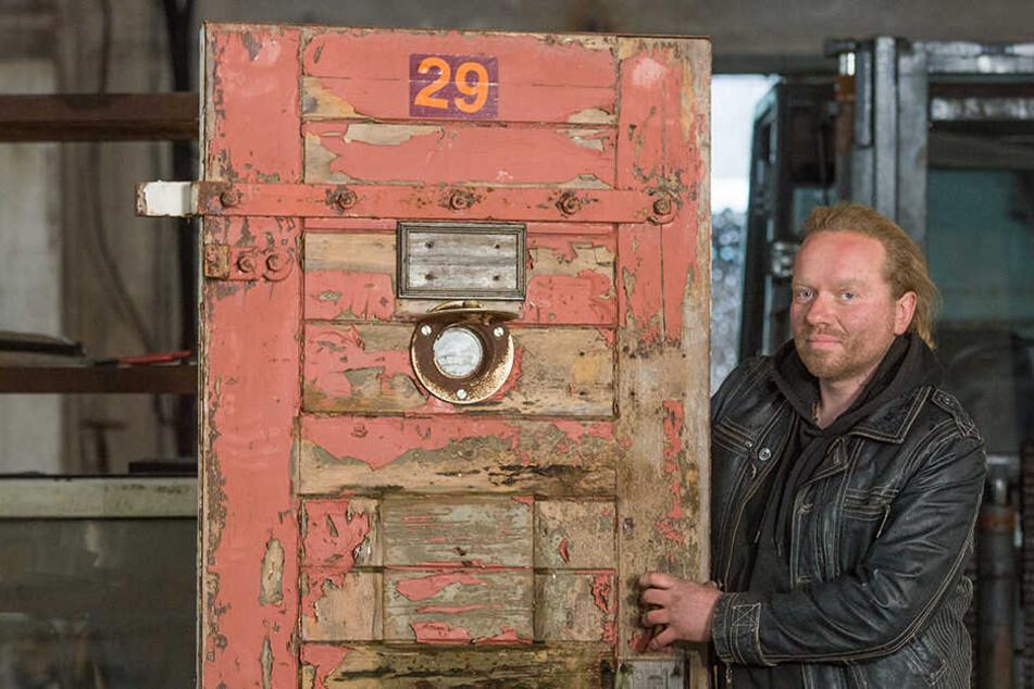 Auch eine Art der Aufarbeitung: Ex-Häftling aus Dresden handelt mit Knasttüren