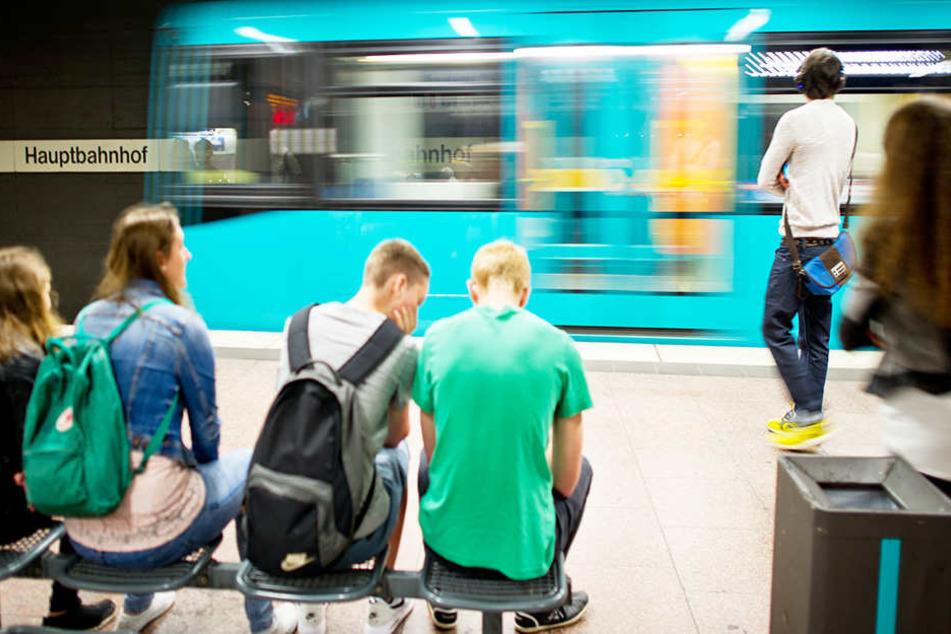 So könnte es ab Samstagnacht aussehen – die nächtlichen U-Bahnen, welche am Wochenende und vor den Feiertagen im halbe-Stunden-Takt abfahren (Symbolbild).