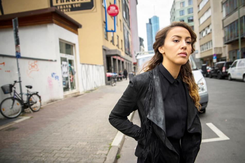 Sängerin Namika fühlt sich von Dieter Bohlen herablassend behandelt.