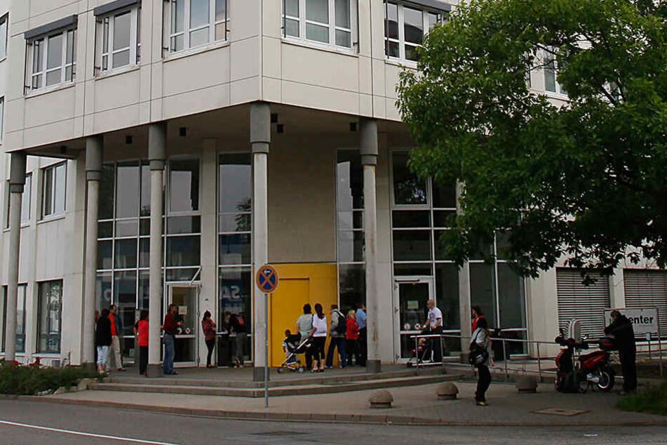 Im Jobcenter in der Heinrich-Lorenz-Straße eskalierte ein Kundengespräch.