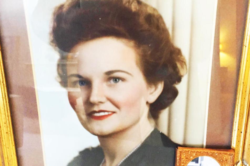 Mit 28 Jahren lernte sie ihren Ehemann kennen. Heute, mit 102 Jahren, gibt Caroline jungen Menschen im Internet Ratschläge fürs Leben.