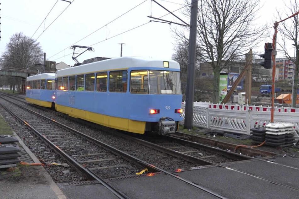 Auf der Strecke der Linie 5 in Richtung Hutholz wurde Schienenersatzverkehr eingerichtet.