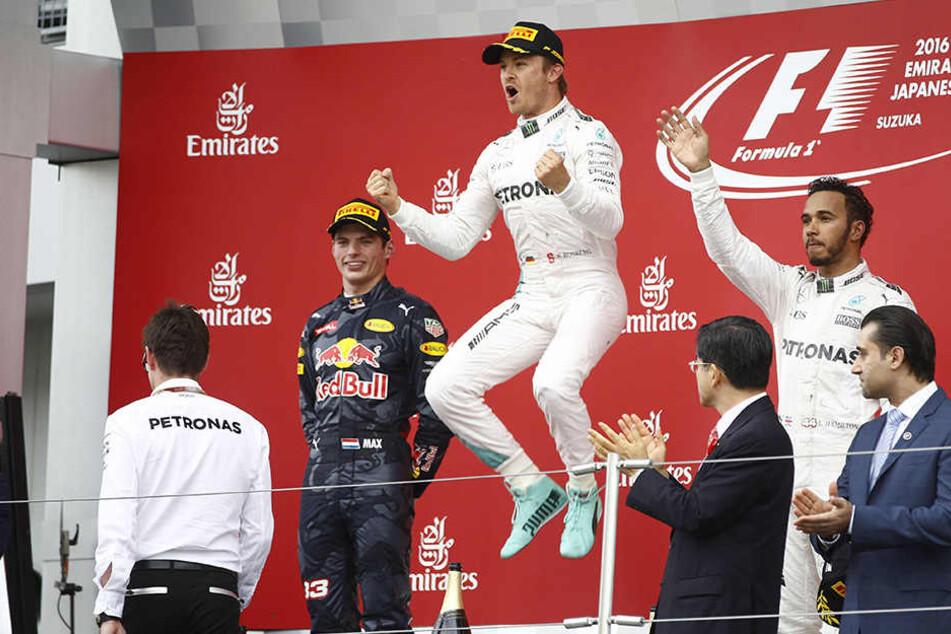 Nico Rosberg feiert seinen ersten Sieg in Japan.