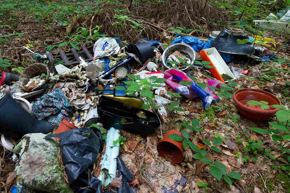 Müllentsorgung in der Natur wird in Thüringen zum Problem.