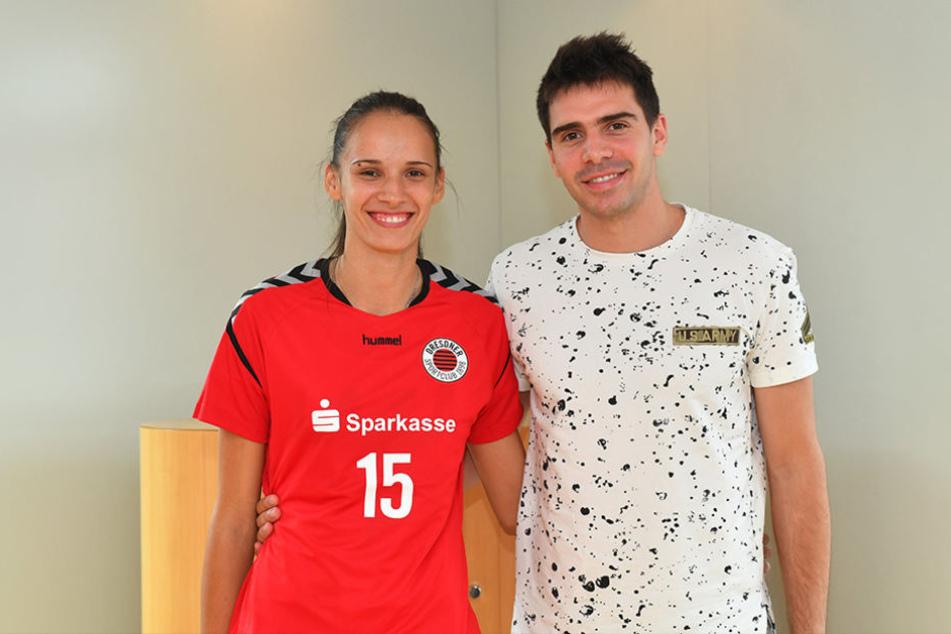 Sie spielten schon als Kinder zusammen Volleyball.Ivana und ihr Bruder Milija Mrdak.