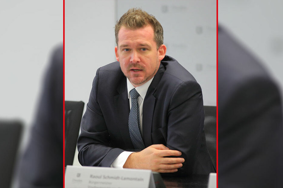 Hängt mit seinen Planungen hinterher: Baubürgermeister Raoul Schmidt-Lamontain (42, Grüne).