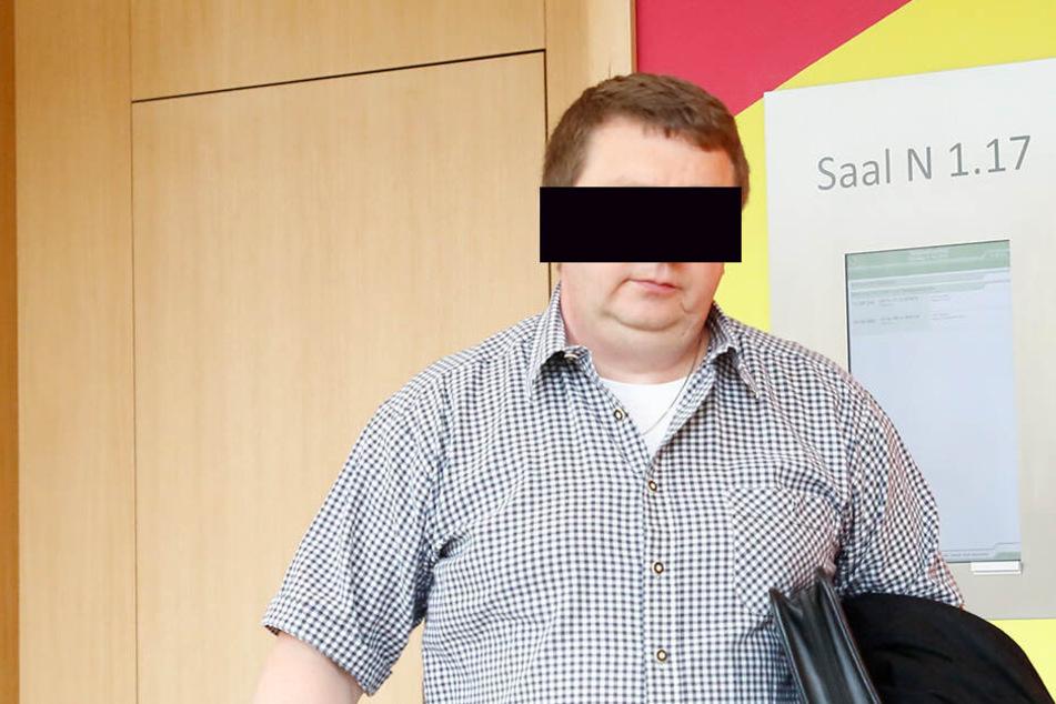 Jan H.'s Sohn war Mitglied in der Privilegierten Scheiben-Schützen-Gesellschaft zu Dresden, blieb dem Verein allerdings 212 Euro Mitgliedsbeiträge schuldig.