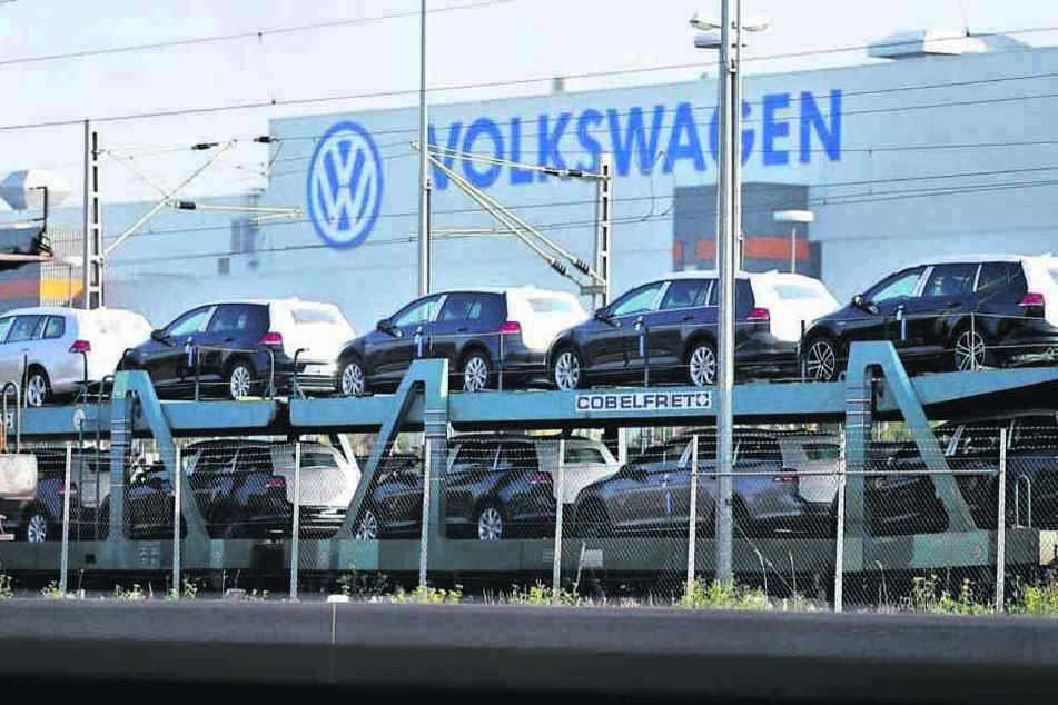 Die Automobilindustrie - wie hier VW in Zwickau - trägt zur boomenden  Wirtschaft in Sachsen bei.