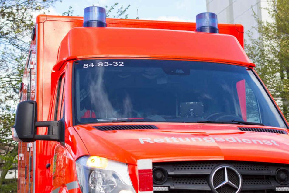 Lkw-Fahrer übersieht Auto und verletzt Säugling schwer