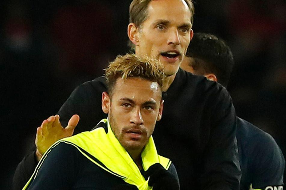Neymar und Trainer Thomas Tuchel. Der Deutsche gilt als großer Fan und Befürworter des Brasilianers. Ob die beiden kommende Saison noch zusammenarbeiten, ist jedoch fraglich.