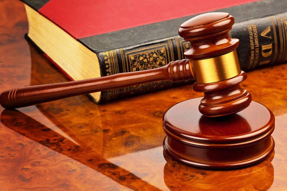 An Sozialgerichten wird um Hartz IV-Sätze und Krankengeld gestritten.