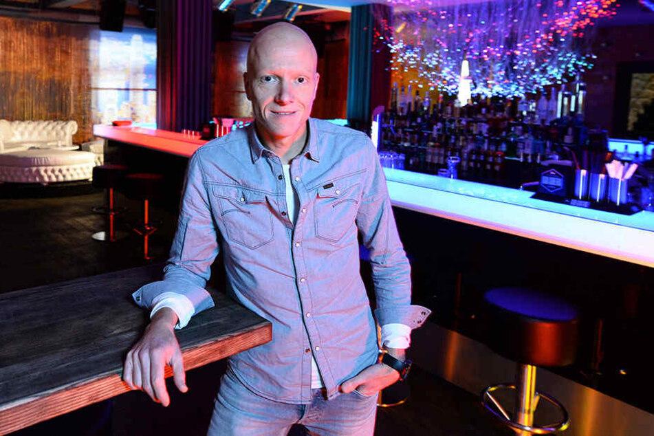 Der Veranstalter der Fashionshow, Mike Sickert. Hier in seinem Club MY HOUSE Dresden auf der Gothaer Straße.