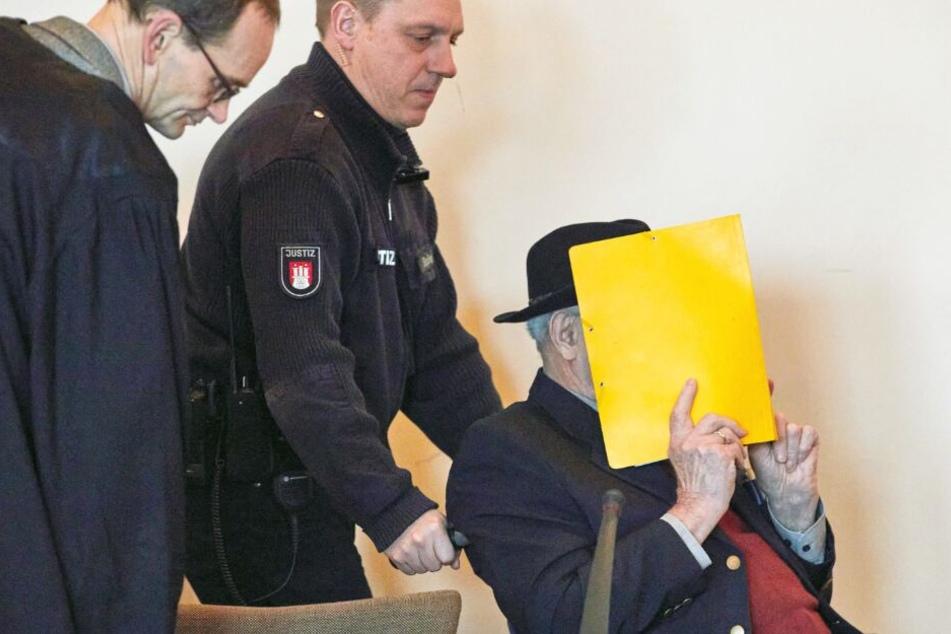 Historiker belastet Ex-SS-Wachmann: Hat Bruno D. auch Häftlinge erschossen?