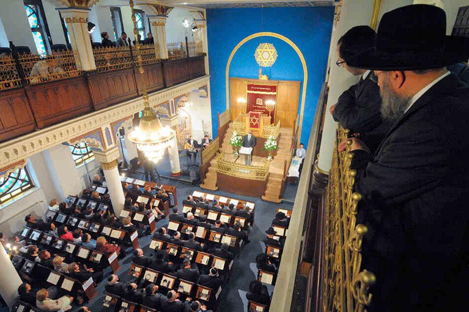 Blick in die Synagoge der Israelitischen Religionsgemeinde in Leipzig, die aktuell rund 1300 Mitglieder zählt.