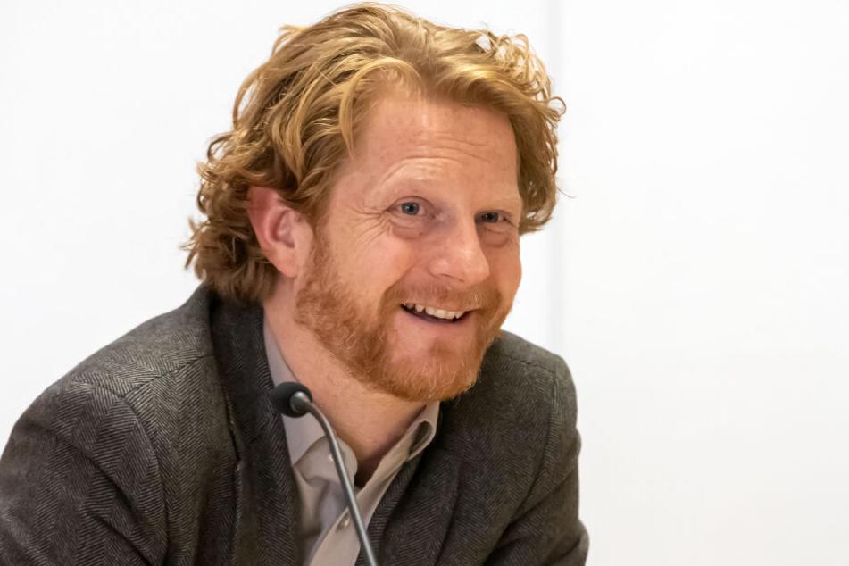 Baubürgermeister Michael Stötzer (46, Grüne) will den Glasfaser-Ausbau in den äußeren Stadtteilen schnell über die Bühne bringen.