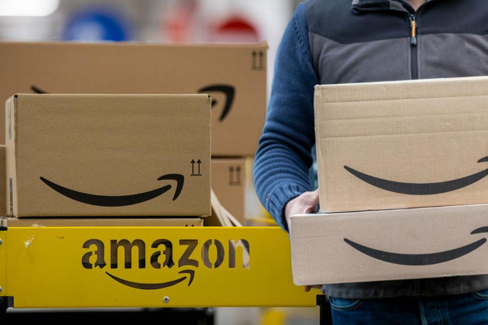 Schockierende Vorwürfe von Amazon-Mitarbeitern: Wir müssen in Flaschen pinkeln!