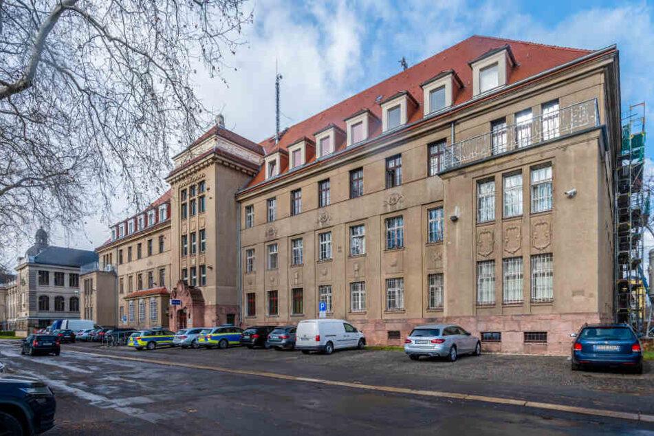 Im zweiten Stock des Zwickauer Polizeireviers (Lessingstraße) fand die skandalöse Vernehmung statt.