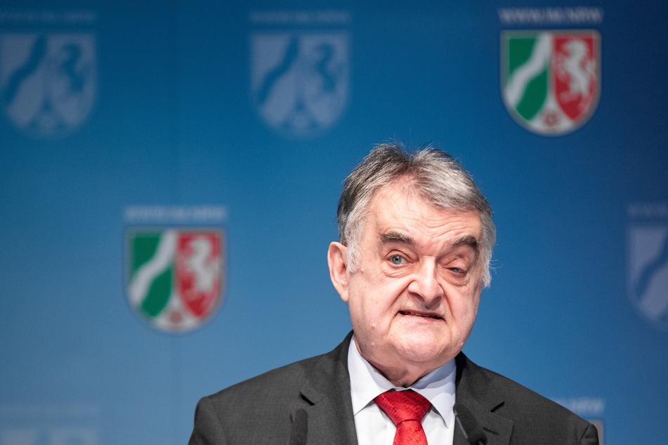 Minister Reul hat den Kampf gegen Kinderschänder in NRW deutlich verstärkt.
