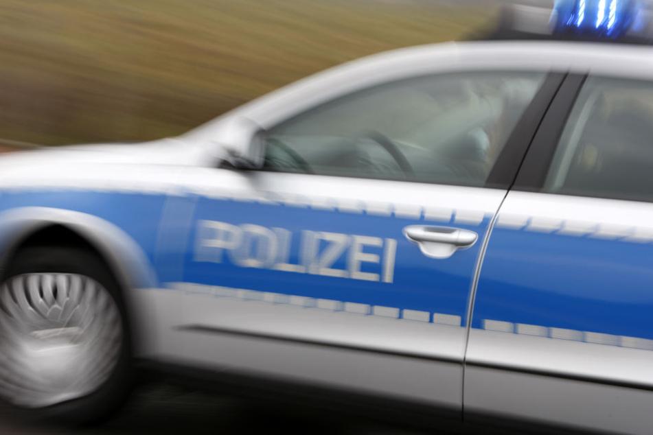 Die Polizei bittet um Hinweise nach einem Überfall in Ratingen.