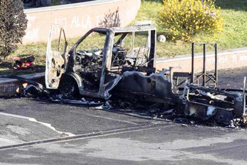 schwestern 4 8 20 sterben in brennendem campingwagen. Black Bedroom Furniture Sets. Home Design Ideas