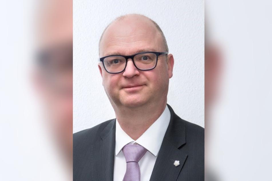 Dr. Steffen Heidenreich (52).