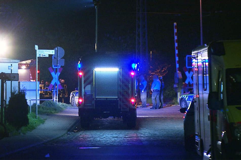 Kurz vor Mitternacht wurde der Schüler an einem Bahnübergang in Leißling von einem Regionalzug erfasst.