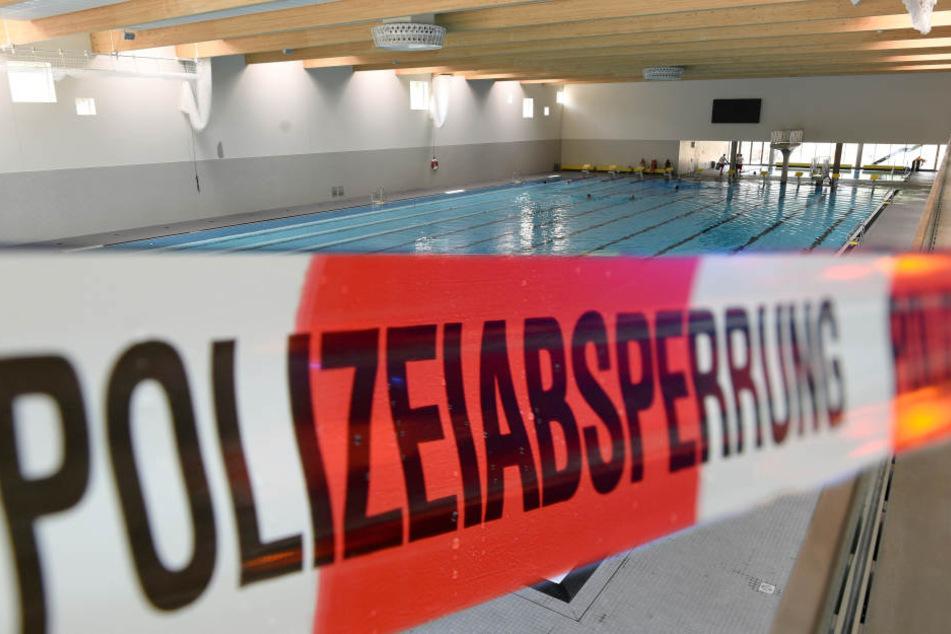 In einem Wiesbadener Freizeitbad ist ein Kind ums Leben gekommen. (Symbolbild)