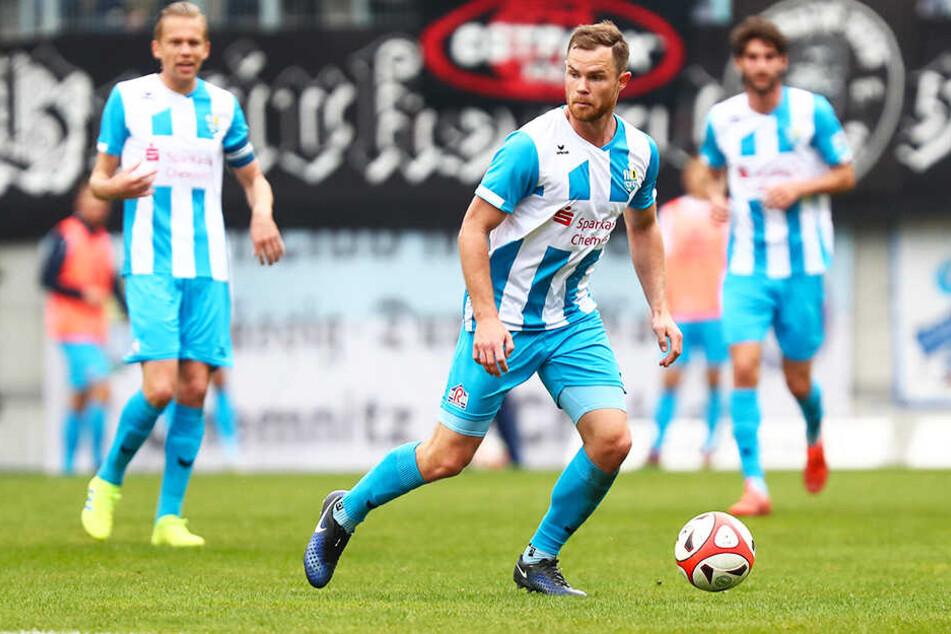 Trainieren kann Tobias Müller schon wieder schmerzfrei, doch die Ärzte gaben kein grünes Licht für den Einsatz gegen den FC Oberlausitz Neugersdorf.