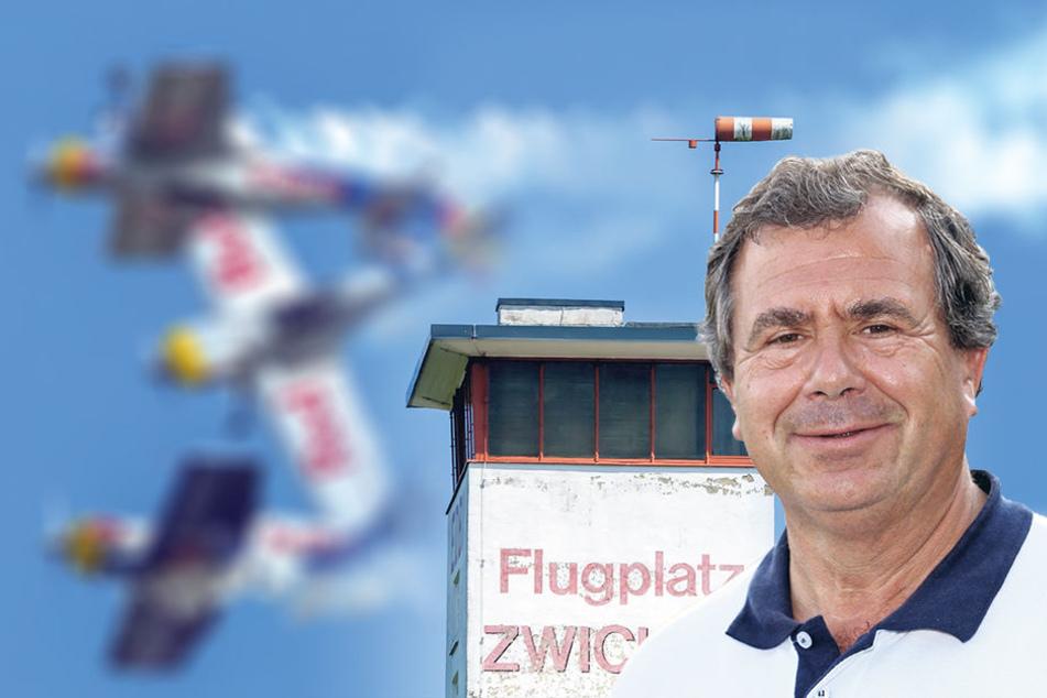 """Aero Club""-Chef Joachim Lenk(61) hat die Feier organisiert"