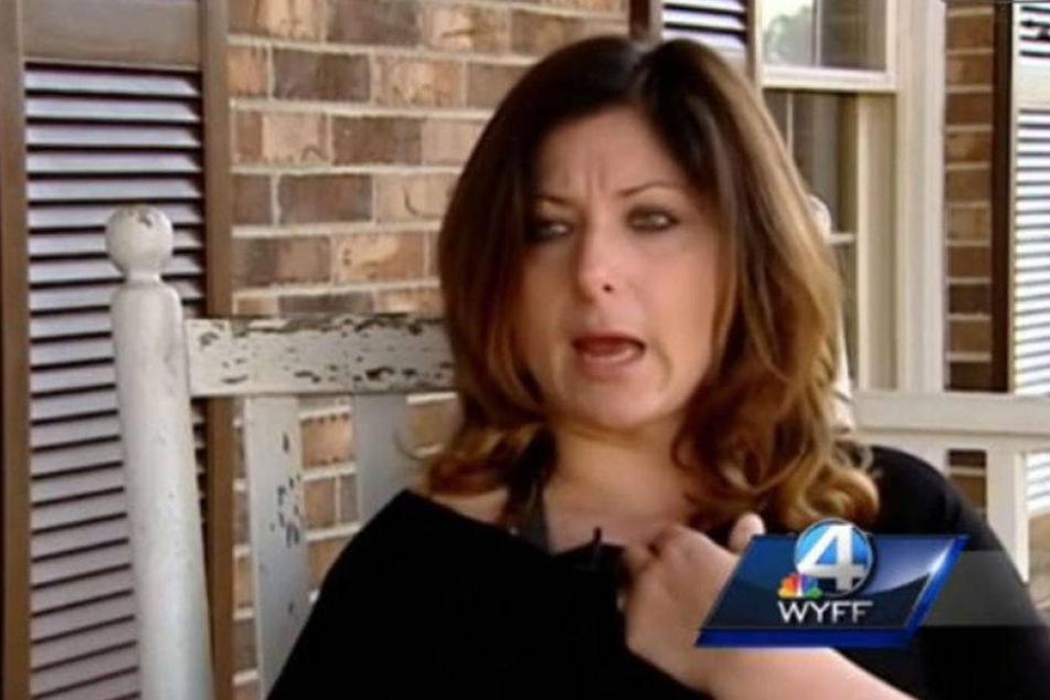 Lehrerin wegen Nacktbildern gefeuert