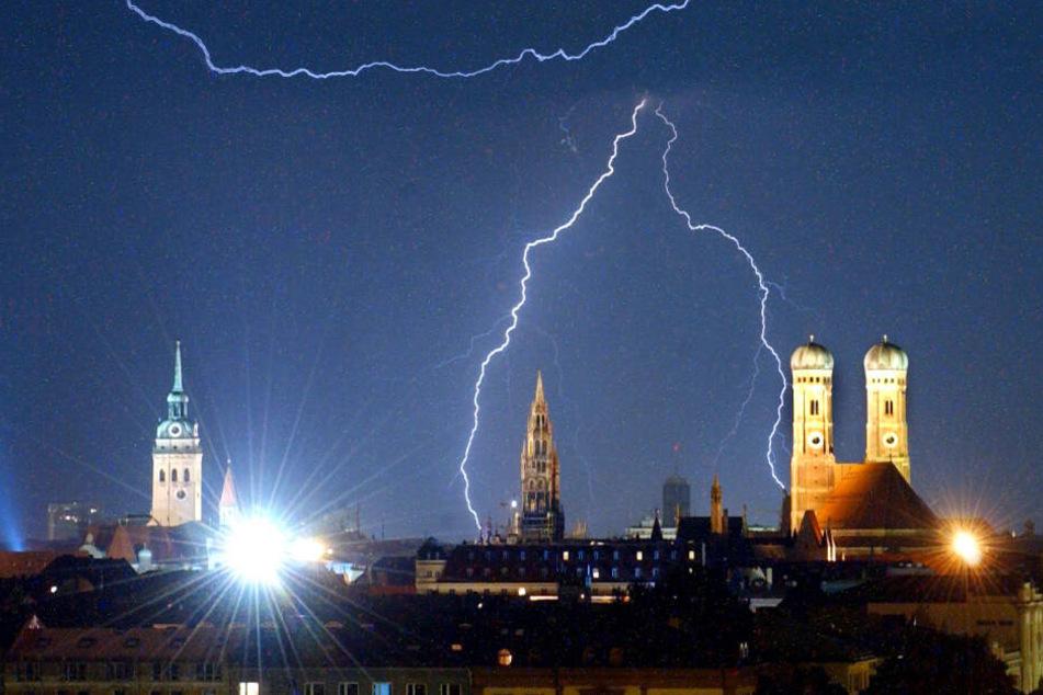In München kann es am Montag zu zahlreichen schweren Gewittern kommen.