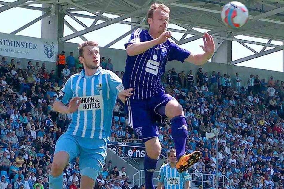 Jan Koch (l.), hier im Duell mit dem Osnabrücker Christian Groß, hat mit dem CFC die letzten Heimspiele gegen den VfL mit 2:1 bzw. 3:0 gewonnen.
