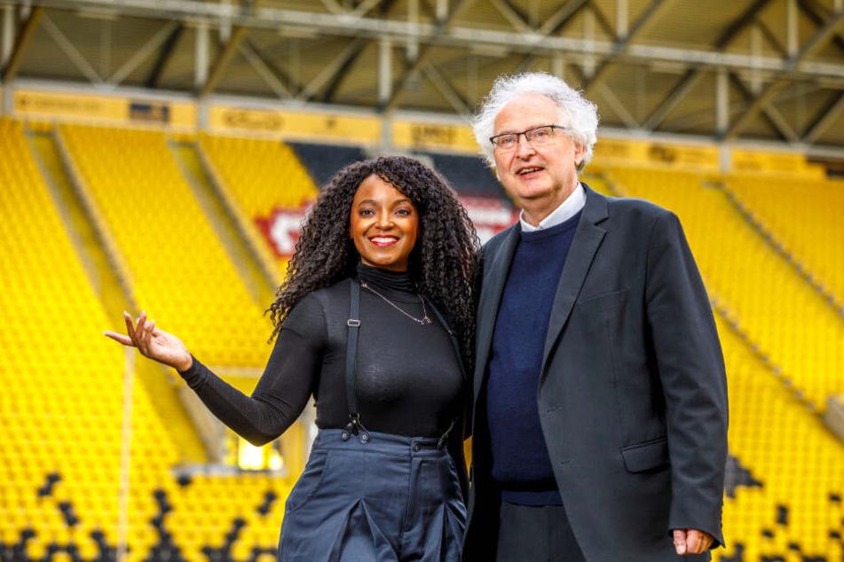 Freuen sich auf das Adventskonzert im Dynamo-Stadion: Kreuzkantor Roderich Kreile und Musical-Star Zodwa Selele.