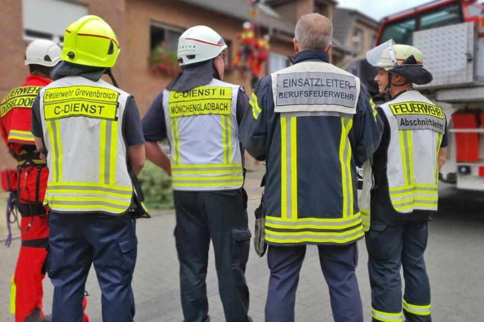 Die Feuerwehr konnte den übergewichtigen Mann erfolgreich bergen.
