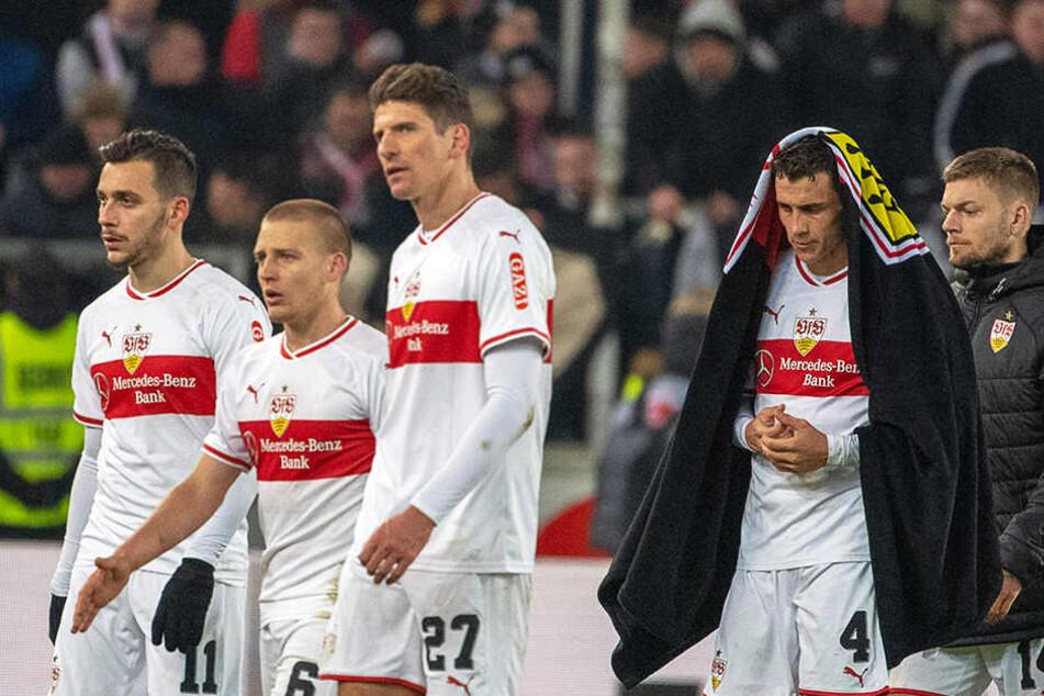Ratlose Mienen: Lange war der VfB Stuttgart mausetot, ehe er zu einer Aufholjagd blies, die aber nicht belohnt wurde. Mainz behielt mit 3:2 die Oberhand.