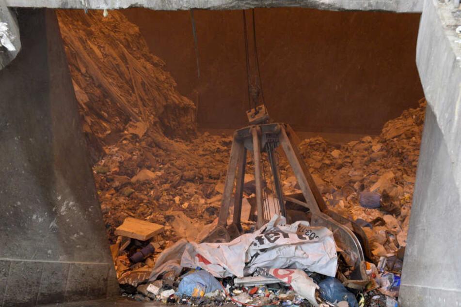 Die Höhe der Müllgebühren ist von vielen Faktoren wie beispielsweise der Müllentsorgung abhängig (hier: Müllverbrennung).