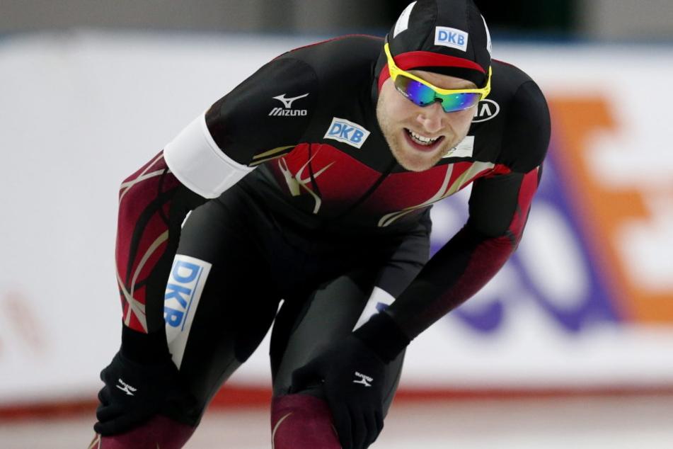 Eisschnellläufer Nico Ihle (30) würde sich über Olympische Winterspiele 2026  in Chemnitz freuen. Als Trainer würde er im Eissportkomplex mit dabei sein.