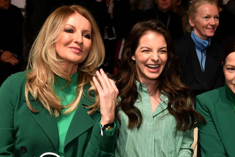Gemeinsam mit Frauke Ludowig (li.) und Hanna Herzsprung saß die Sängerin in der Frontrow der Berliner Fashionweek.