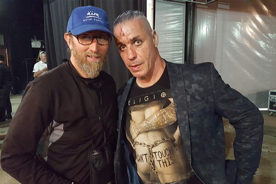 In New York traf der Extremläufer Till Lindemann von Rammstein, der ihm einen alten DDR-Schlager vorsang.