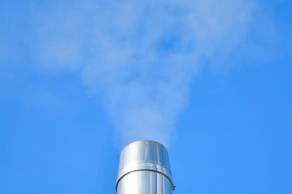 Der Qualm sorgt in Mannheim für dicke Luft. Es soll Änderungen geben, aber: Diese gelten erst für Neuanlagen.