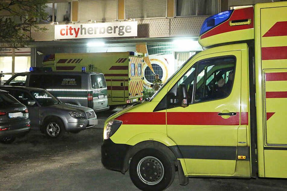Bewaffneter Mann verletzt acht Schüler in Dresdner Jugendherberge