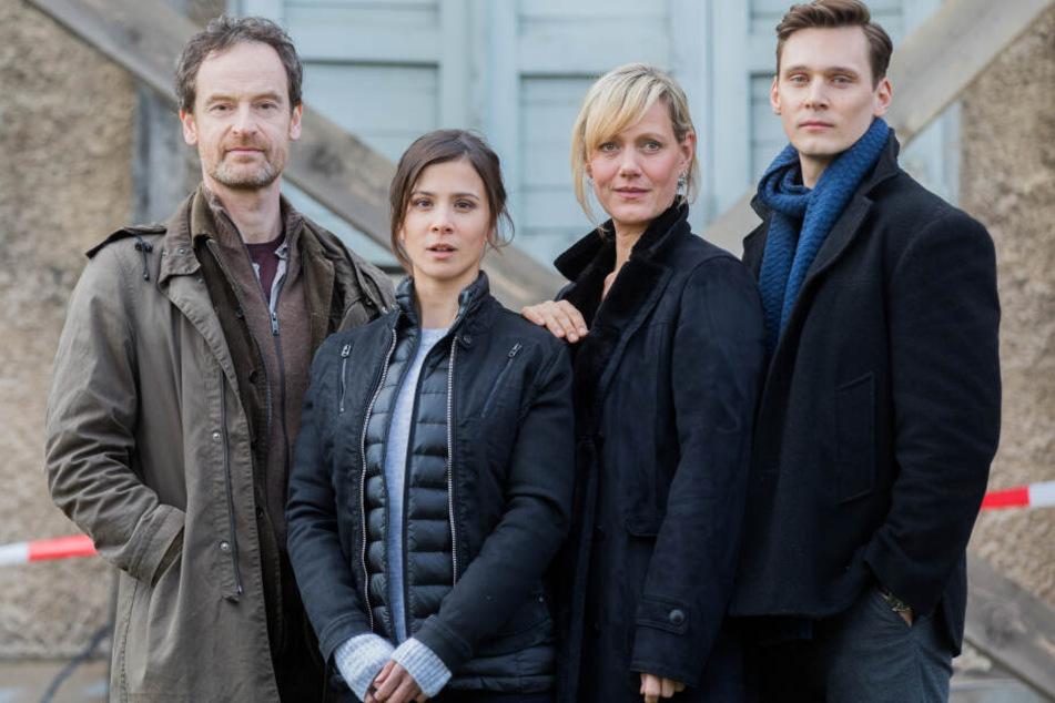 Das aktuelle Team des Tatorts aus Dortmund: Die Schauspieler Jörg Hartmann (l-r, Peter Faber), Aylin Tezel (Nora Dalay), Anna Schudt (Martina Bönisch) und Rick Okon (Jan Pawlak).