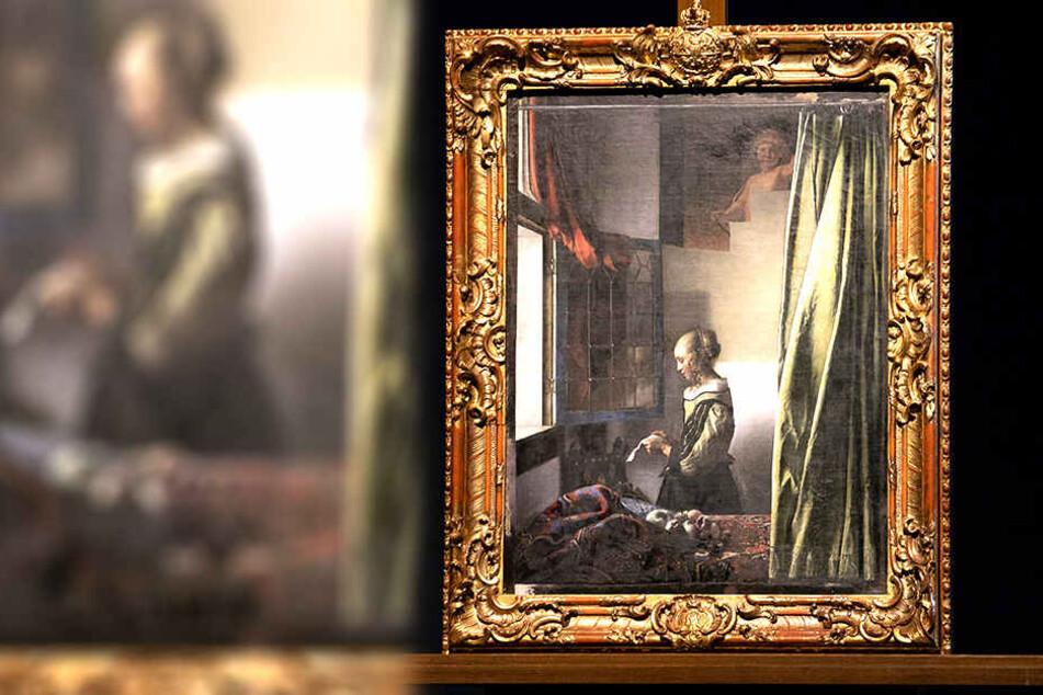 Da schaut er heraus, der Cupido. Ein Bild im Bild: Nach Fertigstellung der Restauration wird der Liebesengel beinah die ganze Wandfläche einnehmen.