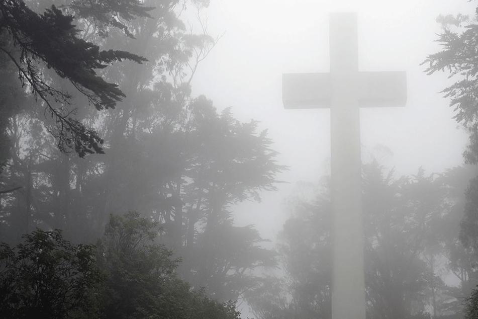 Im Tod vereint: Vater und Sohn sterben am selben Tag.