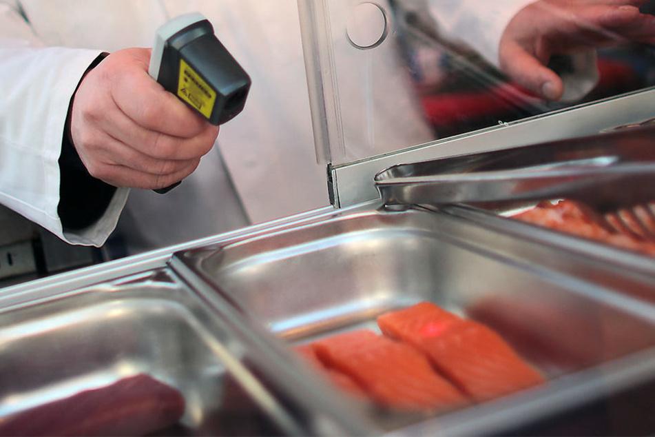In Halle (Saale) meldeten die Lebensmittelkontrolleure 2016 überdurchschnittlich viele Verstöße.
