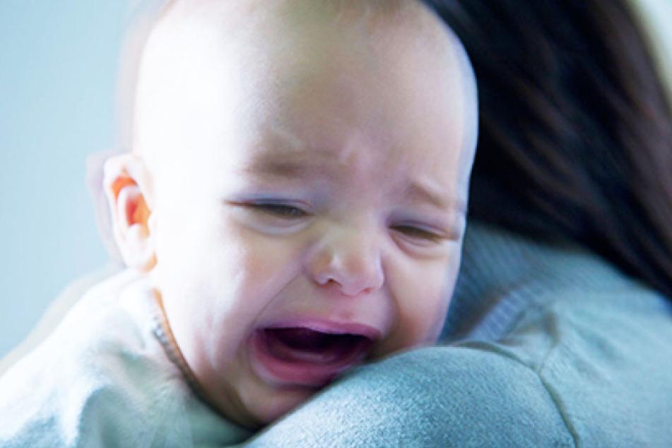 Eine Frau hat ihr Neugeborenes auf einer Flughafentoilette zurückgelassen (Symbolbild).