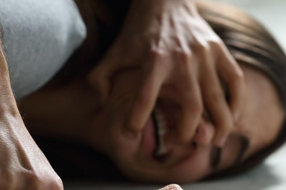 Der Priester verlangte Vergebung für Priester, die Kinder missbraucht hätten. (Symbolbild)