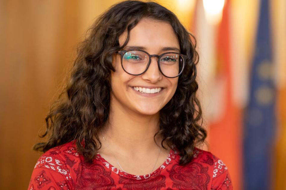 Benigna Munsi (17) wurde zum neuen Nürnberger Christkind gewählt.